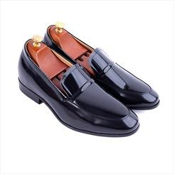 Bạn sẽ hối hận khi không biết đến những mẹo làm mới giày cao nam này?